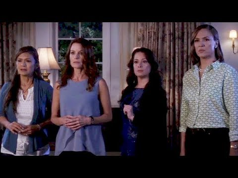 Marlene King Finally Explains How Pretty Little Liars Moms Get Out of The Basement