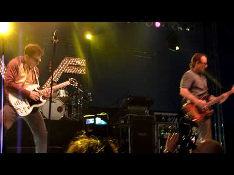 Weezer- Perfect Situation Live In HD @ Del Mar Race Track 2010
