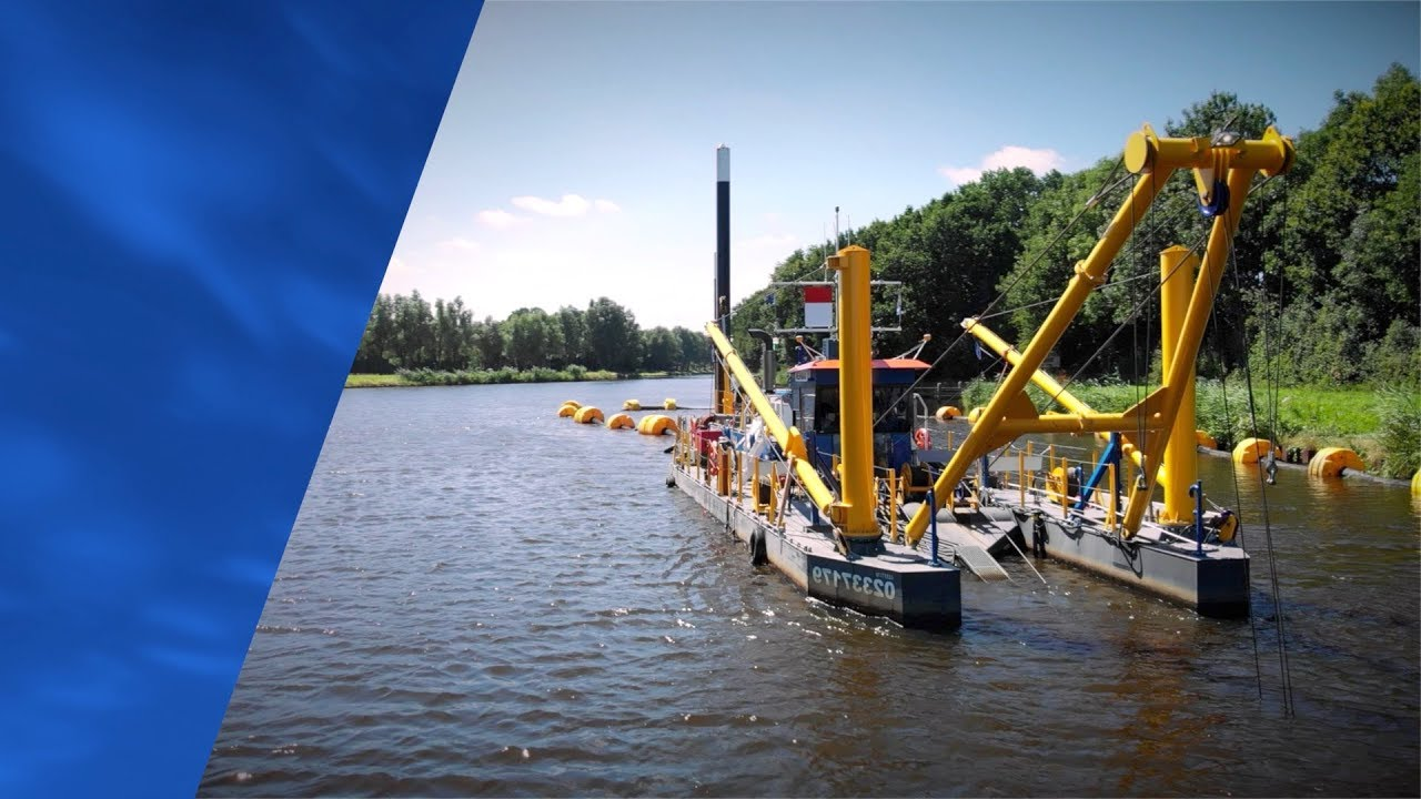 Baggerwerkzaamheden door middel van de Cutterzuiger CSD350 'Groningen'