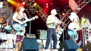 "THE COWSILLS SING ""INDIAN LAKE"" AT EPCOT 2008"