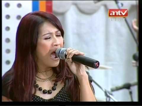 "Mahadewi ""Satu-Satunya Cinta"" Live di MANTAP (12/12) (Courtesy ANTV)"
