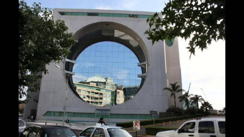 Los 50 edificios m s extra os e impresionantes del mundo for Casas mas impresionantes del mundo