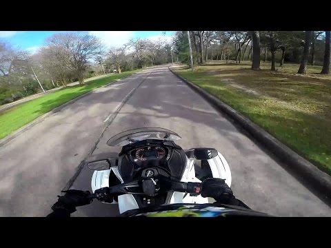 Can Am Spyder ST-Sunday Ride Allen Parkway, Memorial, and Washington Avenue