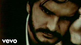 Смотреть клип Ricardo Arjona - Aquí Estoy