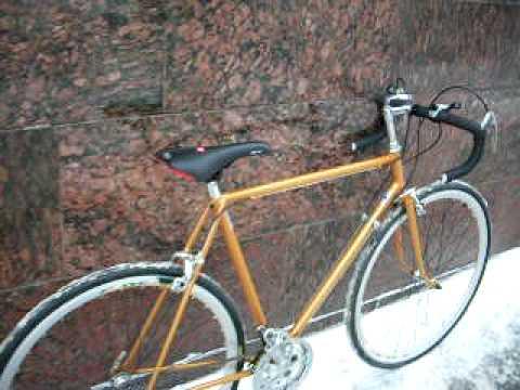 18 июн 2013. Выбрать даже самый простой прогулочный велосипед нетак легко, как кажется, не говоря уже о профессиональных аппаратах.