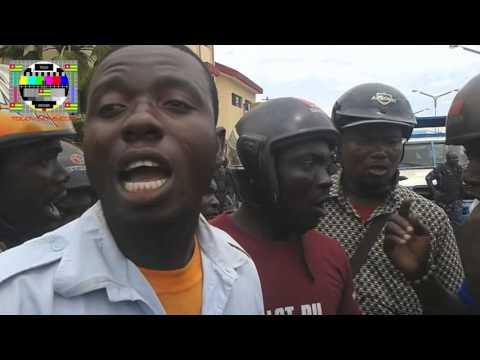Les conducteurs de taxi-moto en colère dans les rues de Lomé contre l'instauration d'un permis