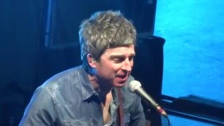 Noel Gallagher Don't Look Back in Anger Live Guadalajara Mexico 2016