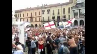 6.TARANTO-PRO VERCELLI 27-5-2012 E' FINITA! PIAZZA CAVOUR ESULTA !!!