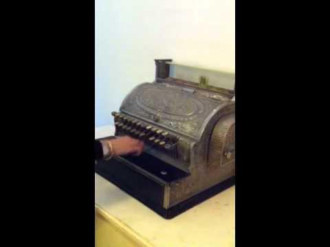 Nieuw Antiek kassa - YouTube UM-88