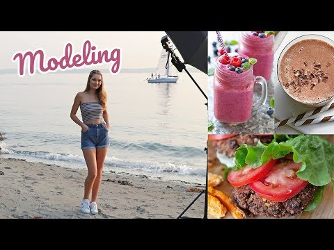 Day in the Life of a Model // What I Eat, Workout + Photoshoot! thumbnail