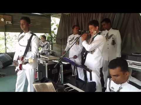 Sri lanka police band (pawena nil walawe)