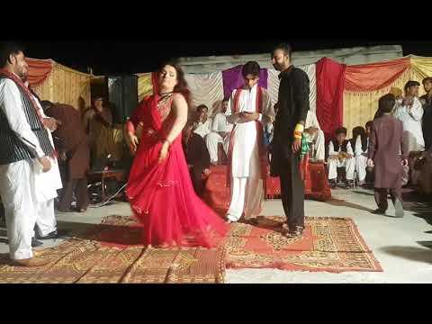 Sony di churi hath vich/New hot mujra 2017