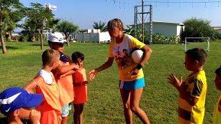 EN KOMİK ÇOCUK FUTBOL MAÇI !! Sado Komik Futbol Oynuyor, Kids Play Funny Football