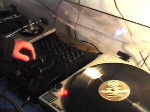 House 'n' Garage: Turn That Racket Down (Documentary)1999