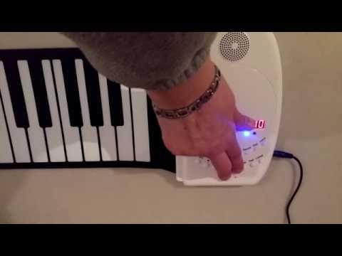 Portable 88 Keys Roll Up Electronic Music Keyboard Piano Built-in Loud Speaker for Children Beginner