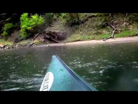 Utah 39 s green river fly fishing red canyon in the rain for Green river utah fishing report