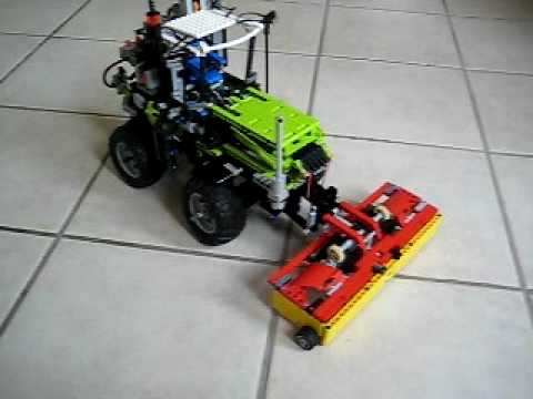 lego traktor mit m hwerk youtube. Black Bedroom Furniture Sets. Home Design Ideas