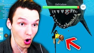 I WAS SWIMMING AND THEN CAME THE SHARK !! (Roblox)