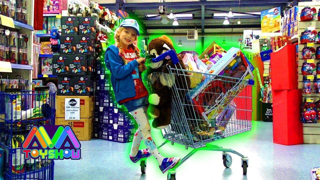 B M Toys Christmas Toy Shopping Spree Youtube