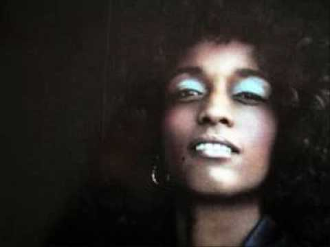 Gwen McCrae let's straighten it out