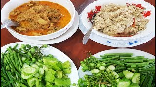 BEST MEAL EVER - Cambodian Authentic Lunch, Spicy Frog Gravy And Pork & Ferment Fish Dish