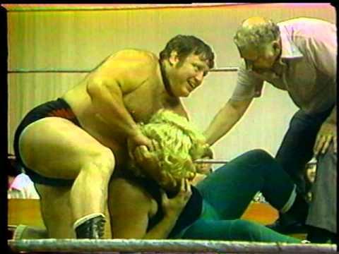 Bulldog Don Kent vs John Irish