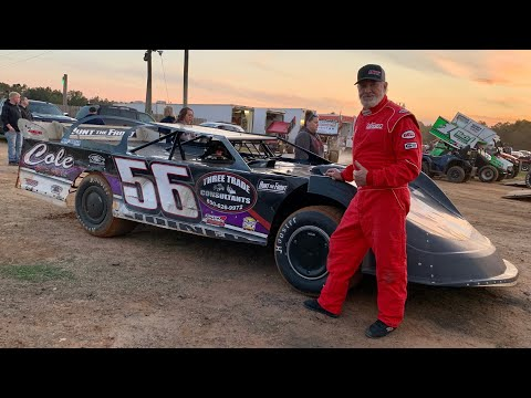 Dirt Daddy Checks at Southern Raceway's Season Opener