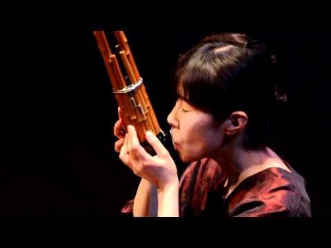 Naomi Sato plays the Sho: solo piece by Toshio Hosokawa