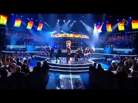 Eric Saade feat. Dev - Hotter than fire (LIVE fotbollsgalan 2011)