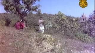 Preeti Pramave - Bhakta Siriyala - Lokesh - Aarathi - Kannada Hit Song