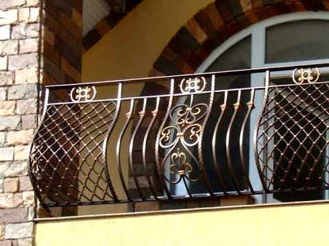 Балкон веранда на втором этаже дома кованые перила ограждение
