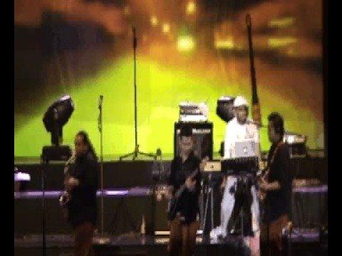 Glenn Fredly- Happy Sunday (Intimate Concert with Glenn Fredly in Jogjakarta)