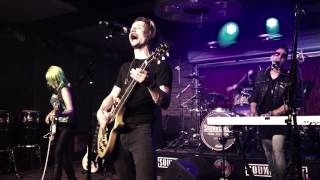 Download Video Muse - Stockholm Syndrome (Cover) at Soundcheck Live / Lucky Strike Live MP3 3GP MP4