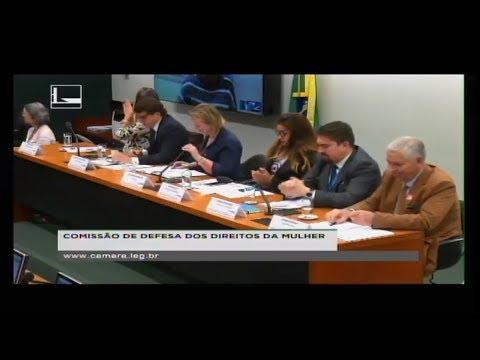 DEFESA DOS DIREITOS DA MULHER - Debater a falta de apoio ao futebol feminino - 05/07/2018