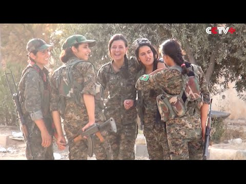 Young Kurdish Women on Front Line against IS in Syria
