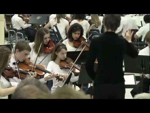 Immanuel Lutheran School Gloria Dei Strings perfomance at the Fine Arts Festival