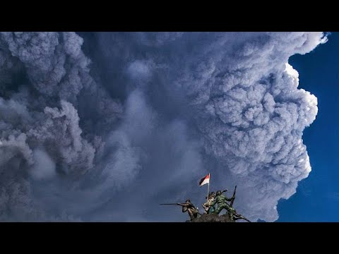 يورو نيوز:شاهد ثوران بركان جبل سينابونج