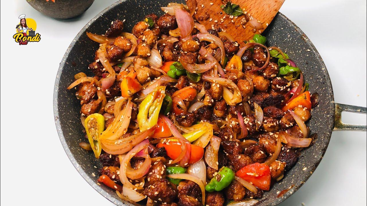 චිකන් වලටත් වඩා රසට හදන්න පුලුවන් සෝයා මීට් ඩෙවල් | Deviled Soya Meat Curry | Spicy Soya Curry Devil