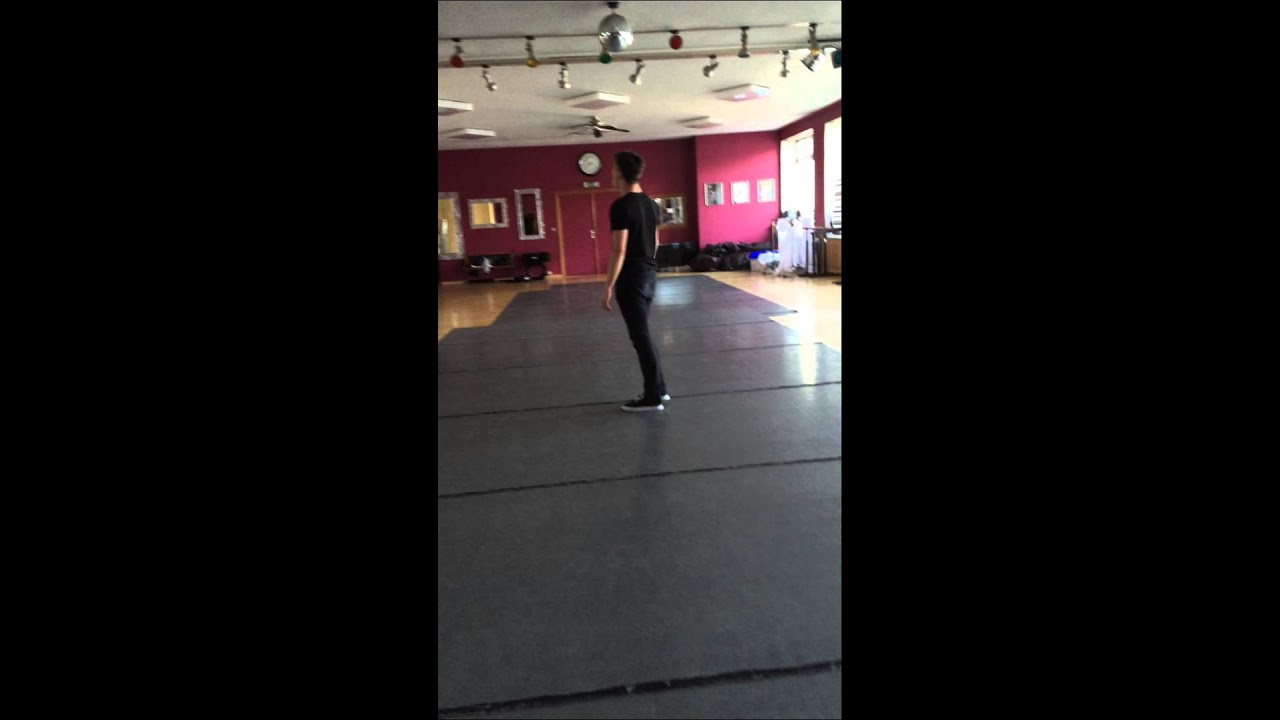 Loïc Nottet - Chandelier piano - YouTube