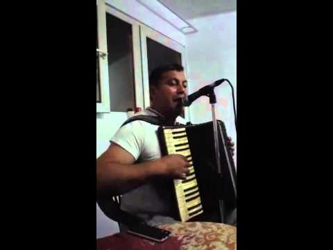 Gigel de la Targoviste canta special pentru Valy de la Pitesti 1