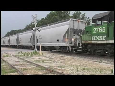 BNSF Switching the Cement Plant in Oregon, IL