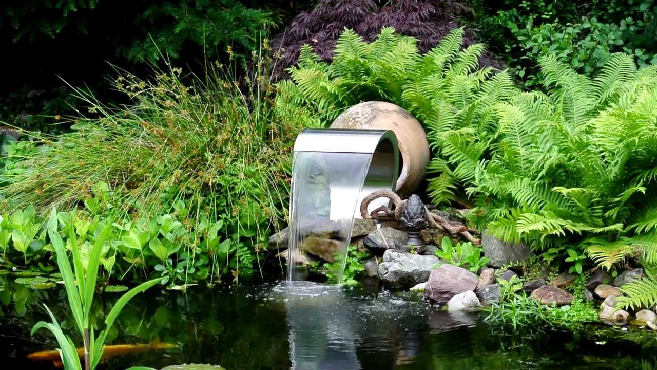Vijver waterval waterornament youtube for Tuinvijvers aanleggen