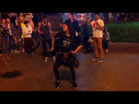 БОЛГАРСКИЙ ПЕРЕЦ, 1 серия , Ocean Plaza, Танцы на крещатике, Бомжи отжигают