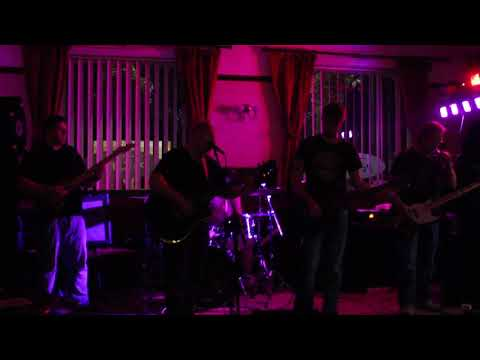 Catalina Wine Mixer live @ Park inn Pub Darwen 19th August 2017  (first set)