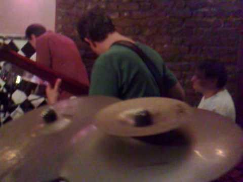 "Vibrafonista e ""Steel Drummer"" Michael Carney"