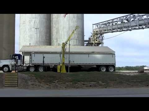 Day in Agriculture: Ferrying Grain across the Mississippi River