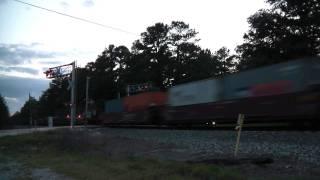 (HD) CSX SD70AC #4534 leads CSXT Q125-17 through Allenhurst