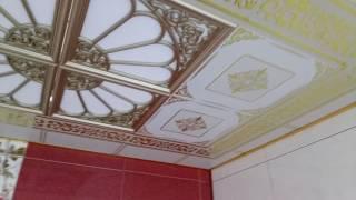 видео Зеркальный потолок в ванной: виды и особенности конструкции