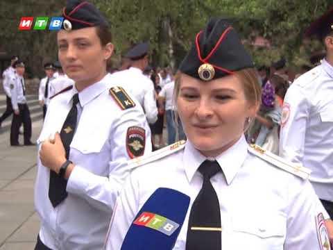 Крымский университет выпустил почти 70 лейтенантов полиции