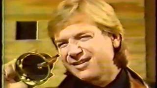 "Justin Hayward on ""What's That Noise"""